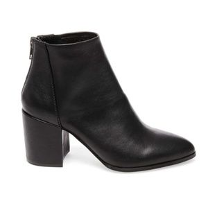 STEVE MADDEN Jillian Black Leather Bootie